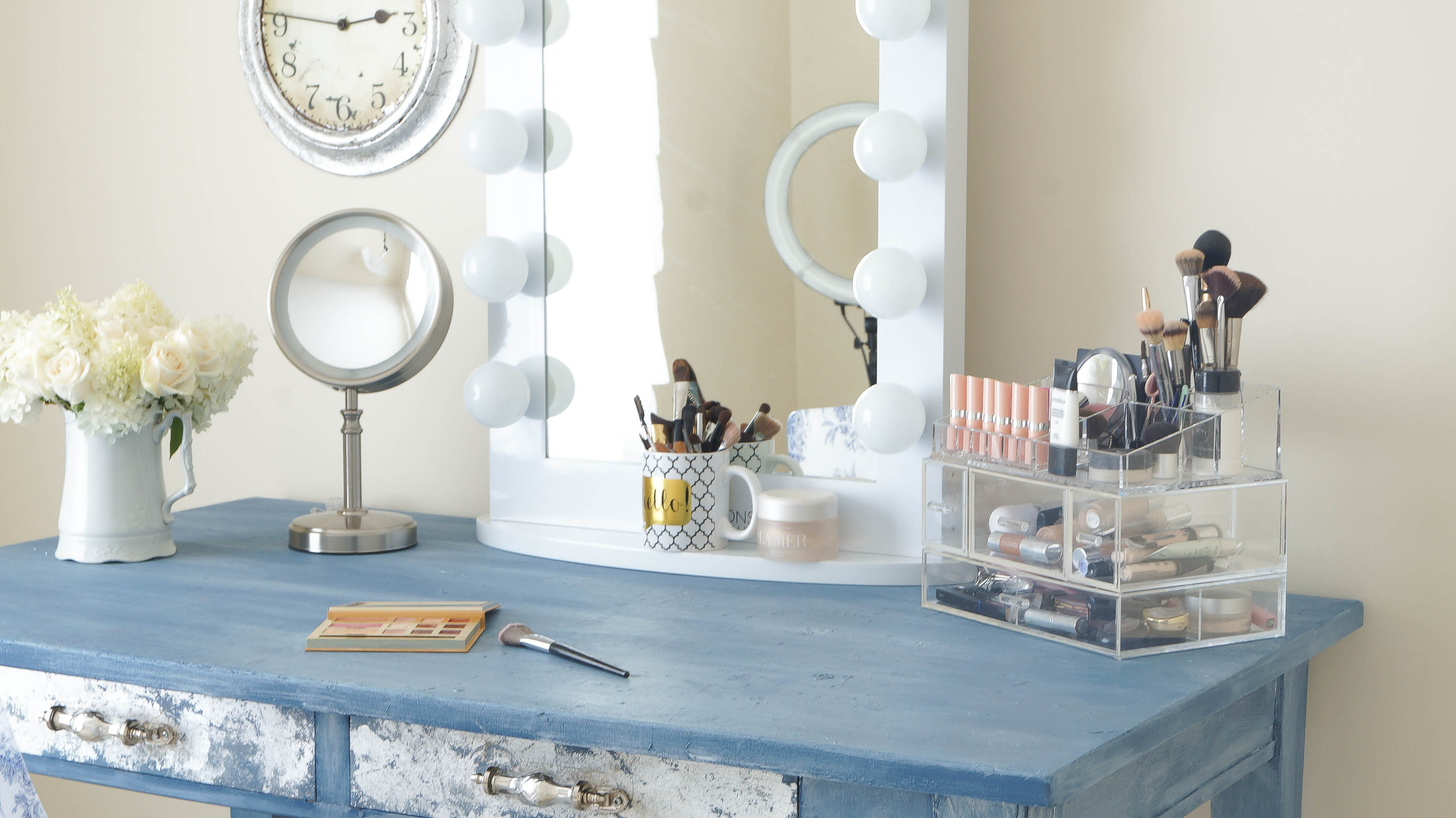 Makeup Mirror In My New Girly Room - White Lace Cottage on Makeup Room Ideas  id=93179