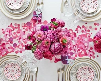 Pink flowers + confetti tabletop decor