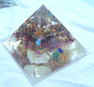 orgone pyramids, Lightstones, orgonite
