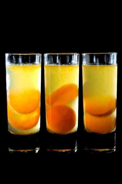 Refreshing Kalamansi Lime Cocktail Recipe or Calamondin Oranges that's fruity made with Gin or Vodka | @whiteonrice
