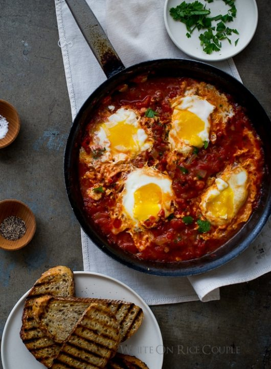 Poached eggs in tomato sauce: perfect breakfast and brunch recipe   @whiteonrice