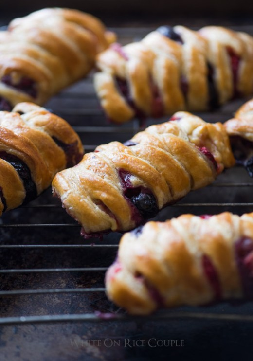 Homemade berry crossover puff pastry delights from @whiteonrice
