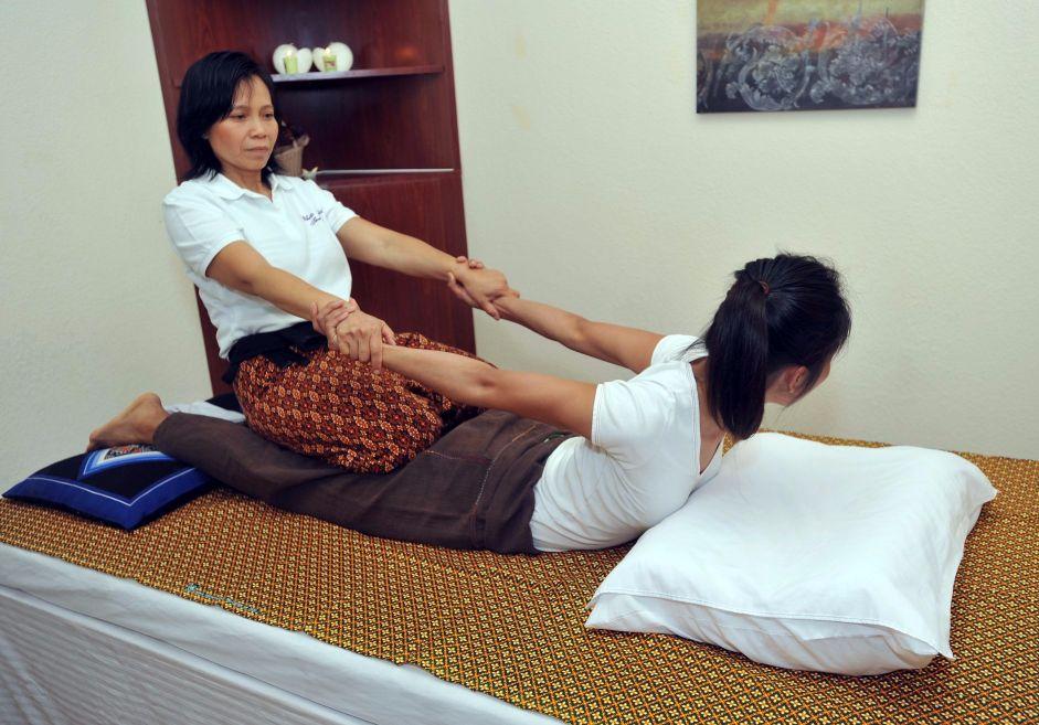 Thai Massage in Santa Clarita Valley | White Orchid Thai Spa | Deep Tissue Massage
