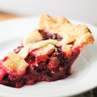 raspberry pie slice