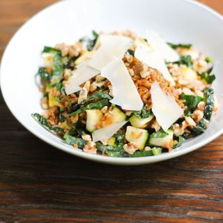 Farro salad with summer squash and kale