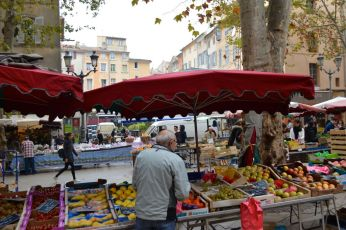 food market in Aix