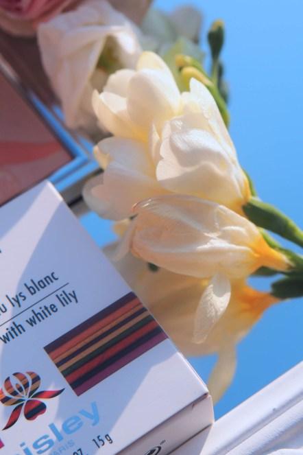 L'ORCHIDÉE Corail - róż rozświetlający z białą lilią | Sisley