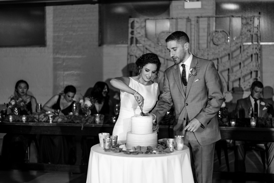 Couple cuts the cake at Artifact Events in Chicago IL