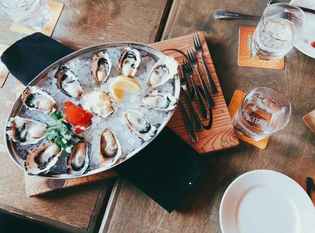 Five Restaurant Seafood Raw Oyster Bar Seafood Restaurant