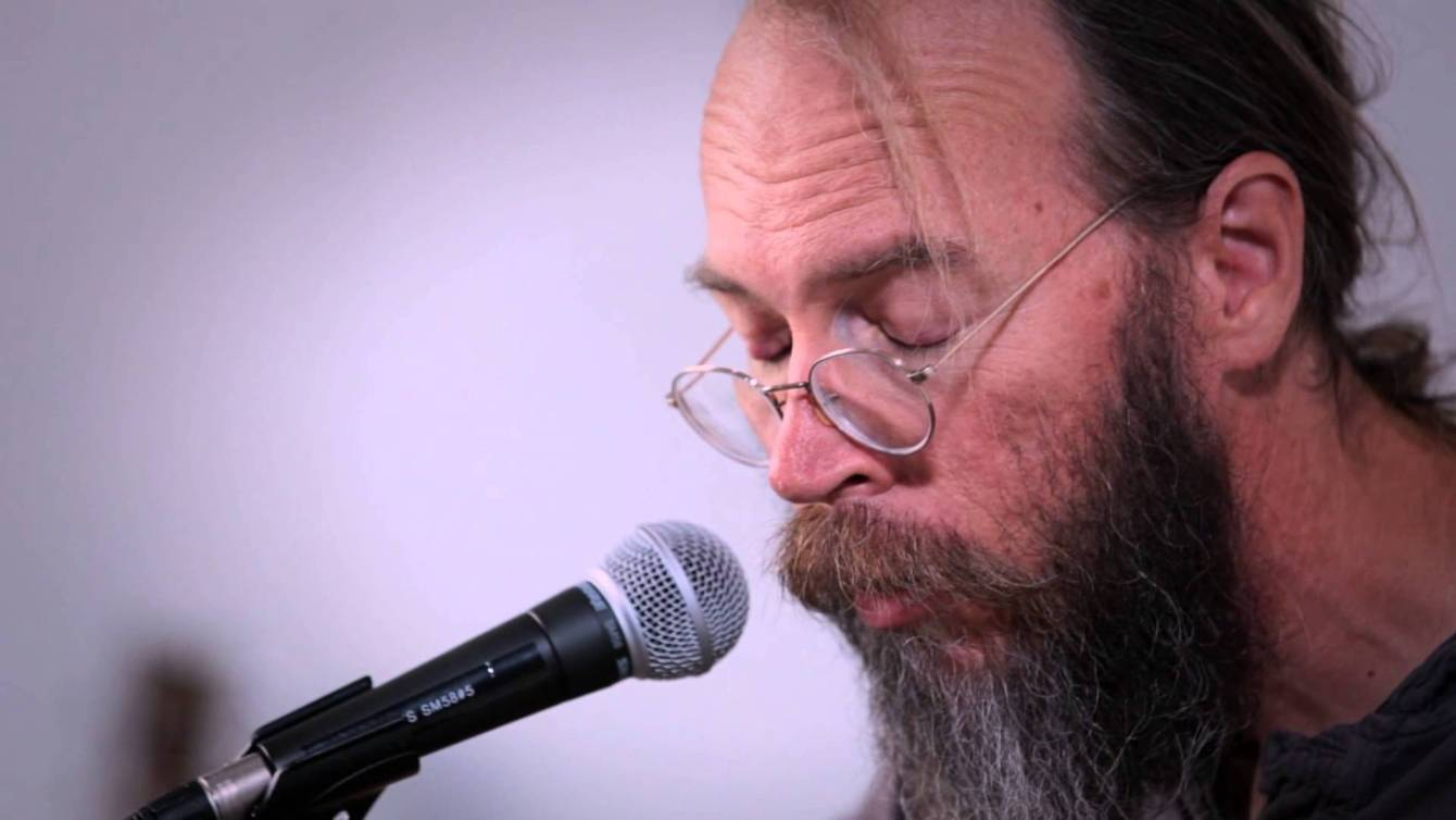 Charlie Parr sings the blues