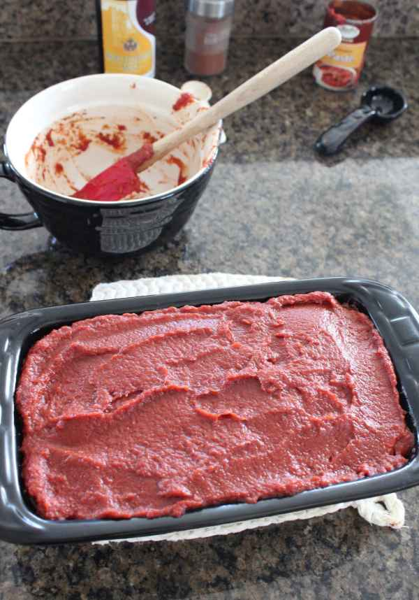 Mexican Meatloaf with Spicy Tomato Topping
