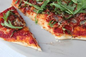 arugula, dinner, Food, pizza, pizza dough, pizza sauce, prosciutto, Recipes, thin crust