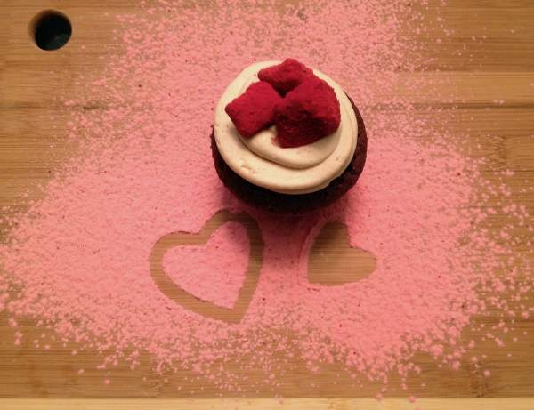 Valentine's Day Red Velvet Puppy Chow Cupcakes