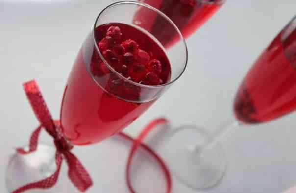 Sparkling Pomegranate Wine Spritzer