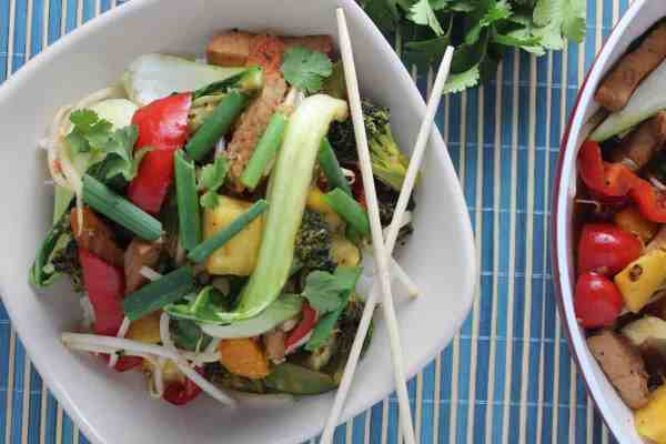 sweet pork stir fry, sweet chili vegetable stir fry, recipes, sweet chili pork, sweet chili pineapple pork, sweet chili pork stir fry, sweet chili pineapple stir fry, sweet chili pork pineapple stir fry, pork stir fry recipes