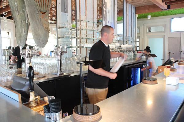 Bar at Queenstown San Diego