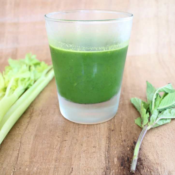 Kale and Pear Healthy Green Juice