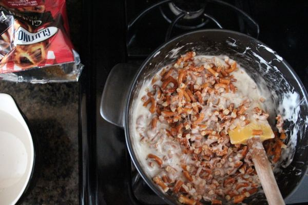 Gluten Free White Chocolate Pretzel Treat Recipe