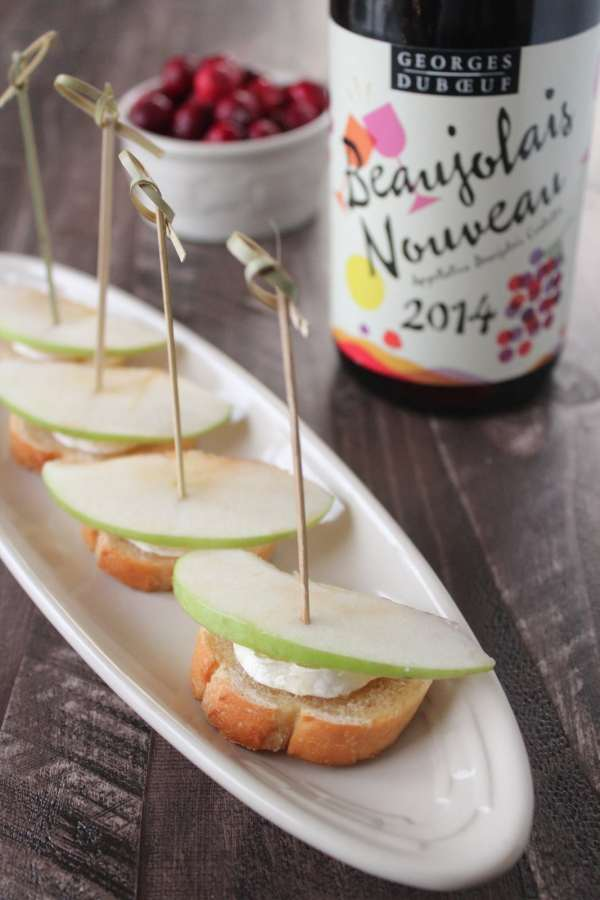 Brie Apple Crostini