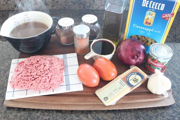 Mediterranean Spiced Beef and Macaroni Ingredients