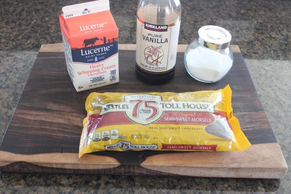 Slow Cooked Chocolate Dip Ingredients
