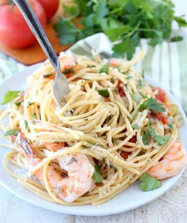 One Pot Tuscan Shrimp Scampi Pasta Recipe