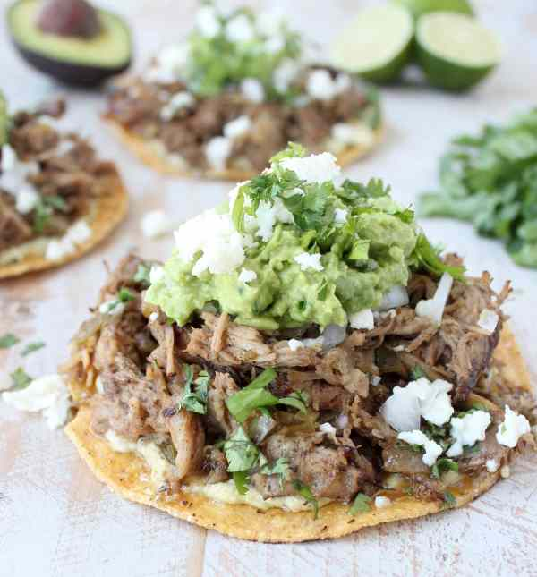 Slow Cooker Carnitas Tacos Recipe