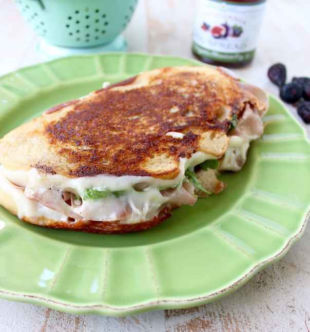 This Fig Grilled Cheese Sandwich recipe is filled with prosciutto ...