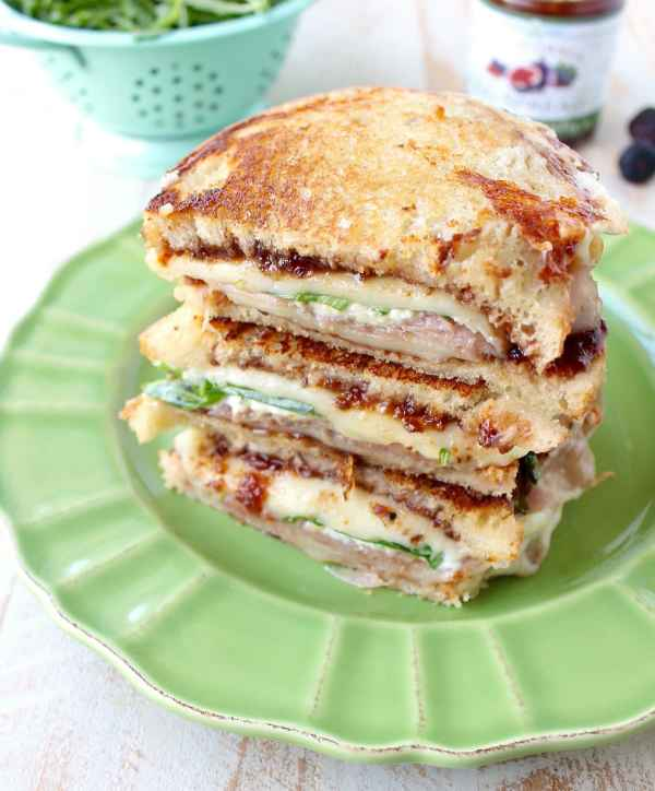 Prosciutto-Provolone-Fig-Grilled-Cheese
