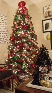 my tree I decorated for the home depot holiday style challenge