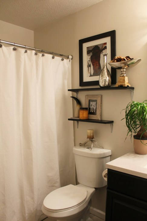 Black and White Guest Bathroom