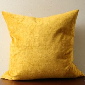 mustard gold velvet pillow | home decor | glamorous decor | velvet decor
