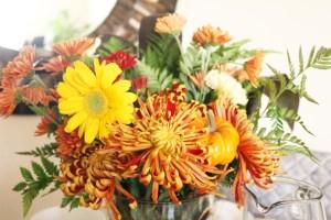 last minute thanksgiving tablescape ideas | Thanksgiving decor | Thanksgiving holiday party | Thanksgiving party | Friendsgiving party