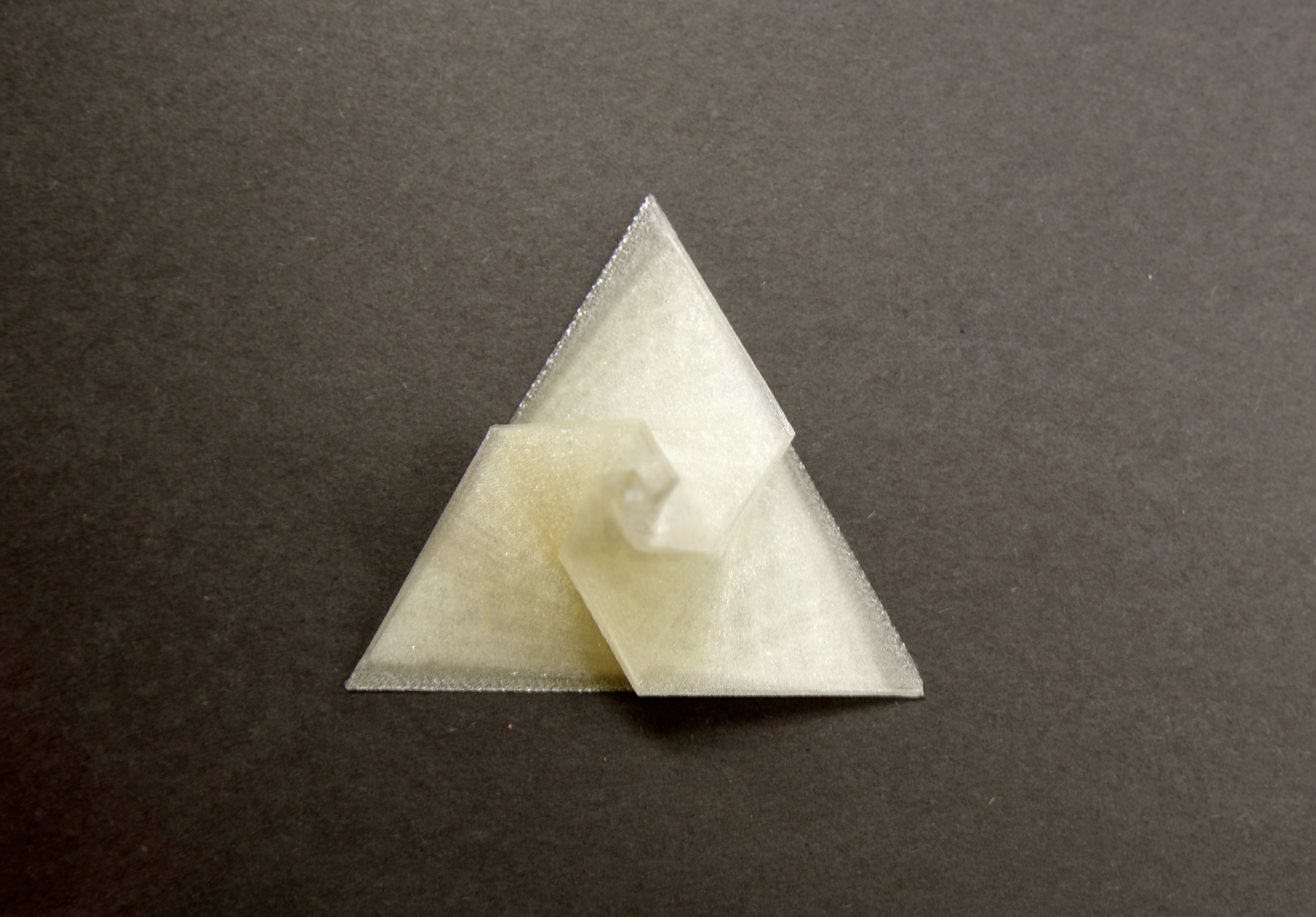 3D Printed Sculpture Ring Holder Bai