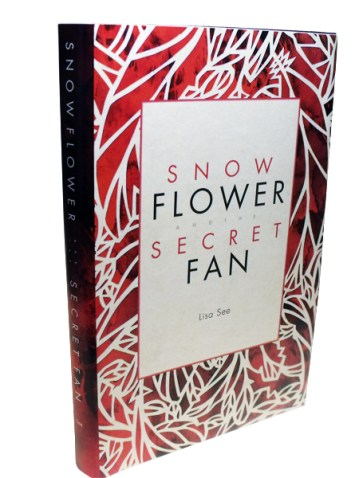 Snowflower and The Secret Fan Front Cover