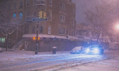 13-02-09-brooklyn-blizzard-v1-2236.jpg