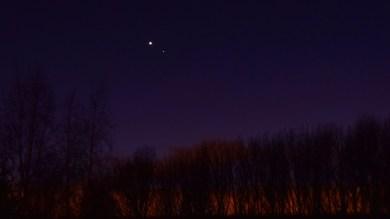 Venus, Mars close to a dramatic Western horizon