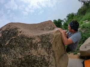 chris-burkard-bouldering-hampi