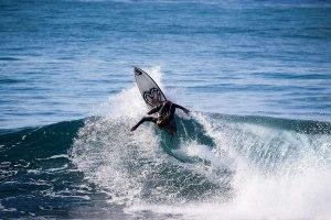 surfing-keramas-bali