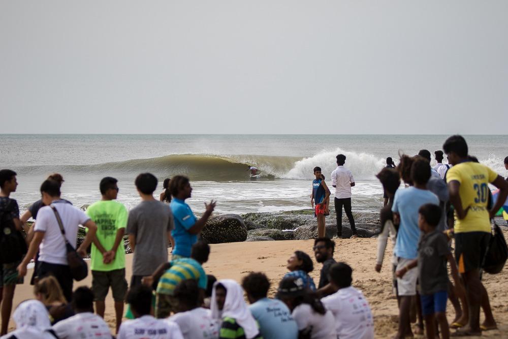 Covelong Point Break - Right hander wave