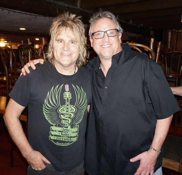 Mike Peters & Rob Harris