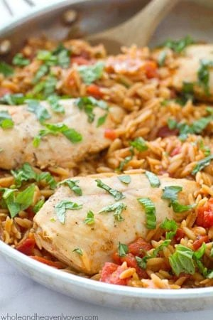 Ready in 30 minutes and made in only one pot, this Italian-style chicken and orzo pasta is total comfort food that anyone can make it's so easy!