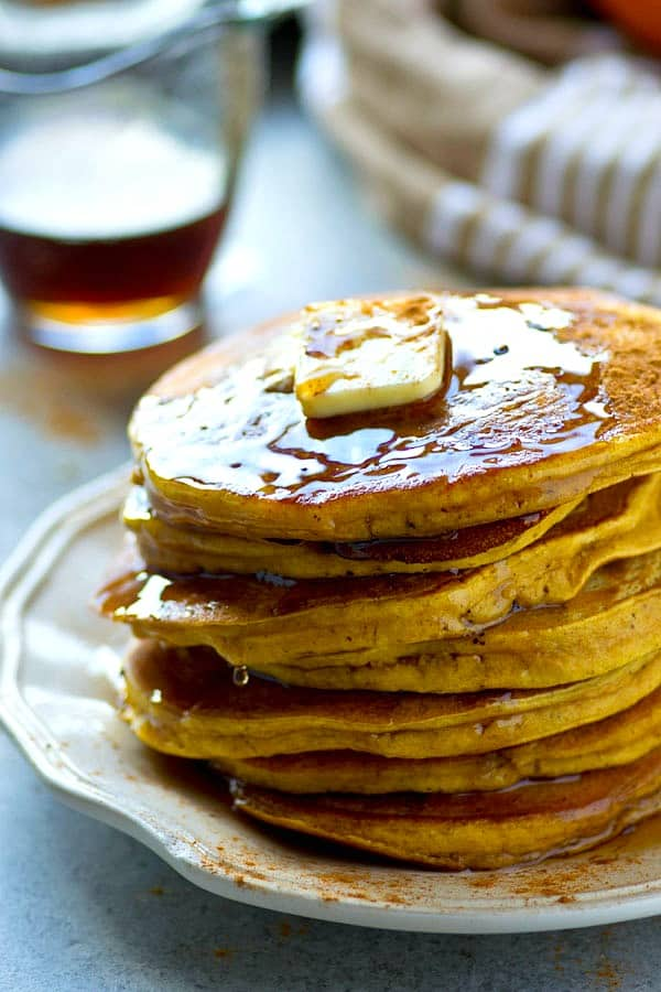 Grab ONE bowl, a handful of ingredients, and you've got everything you'll need to make these fluffy pumpkin chai spice pancakes! Packed with flavorful chai spices and covered in maple syrup!