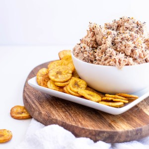 Sweet Everything Bagel Whole30 Tuna Salad - Whole30, Paleo, gluten-free dairy-free easy cold lunch option!