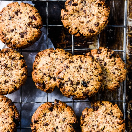 https://wholefoodsimply.com/chocolate-chip-and-cranberry-cookies/