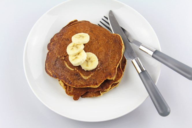 Whole-Wheat-Banana-Pancakes-1