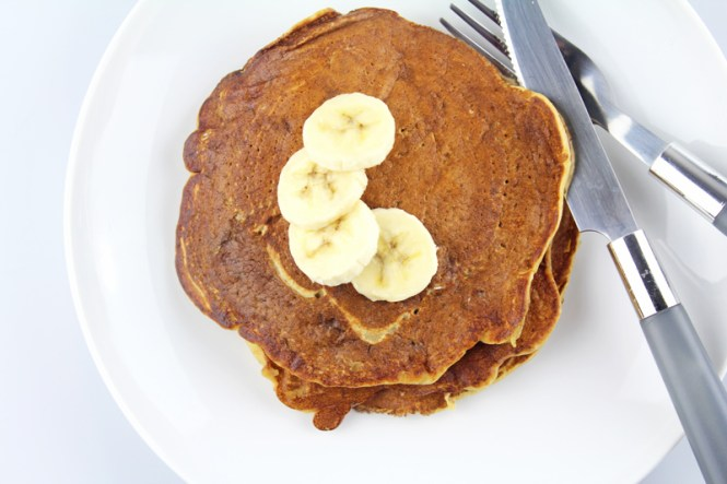 Whole-Wheat-Banana-Pancakes-2