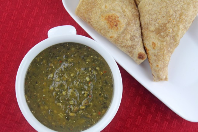 whole-moong-and-spinach-gojju-1
