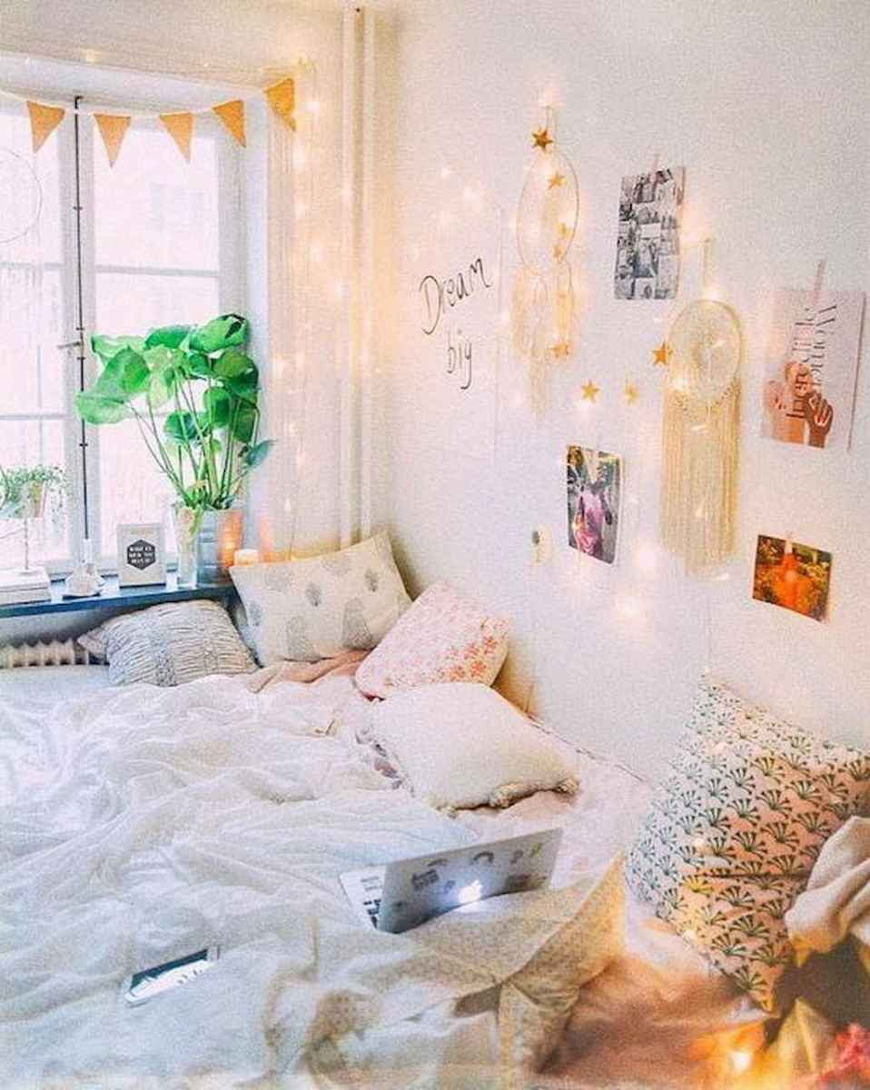 22 dorm room decorating ideas on a budget
