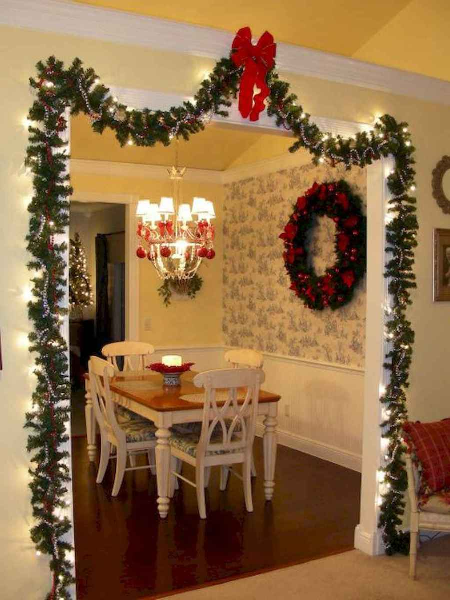 19 best christmas dining room decorating ideas